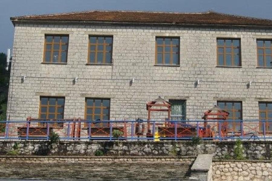 Παρέμβαση στην Υπουργό Παιδείας για τη συνέχιση λειτουργίας του Δημοτικού Σχολείου Πραμάντων ως τριθέσιο