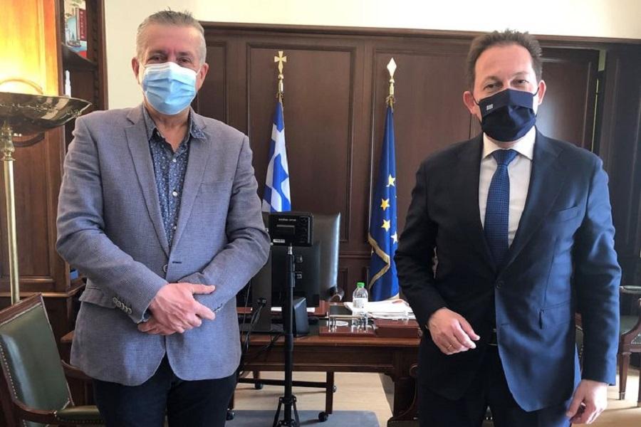Συνάντηση με τον αναπληρωτή Υπουργό Εσωτερικών Στέλιο Πέτσα