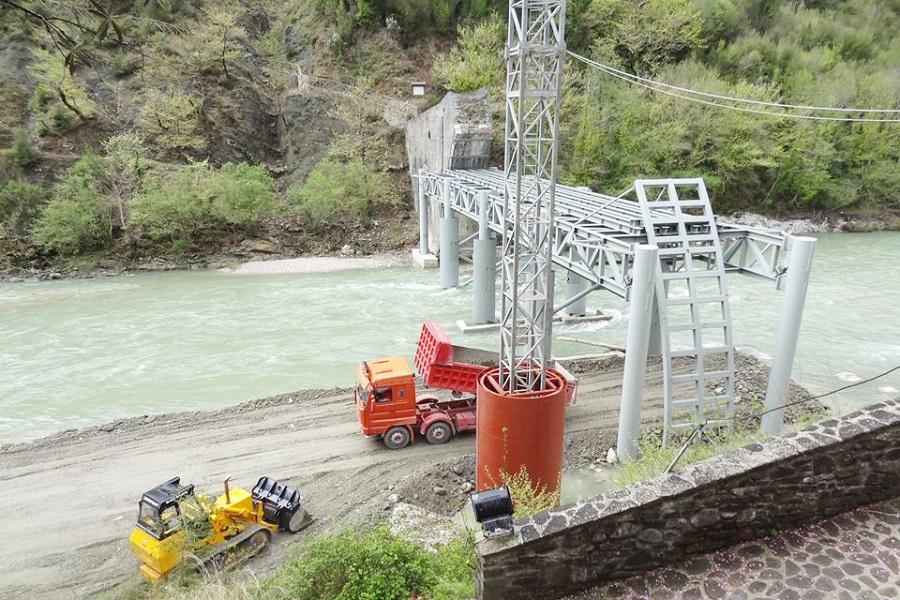 Ξεκίνησαν ξανά οι εργασίες στη Γέφυρα Πλάκας
